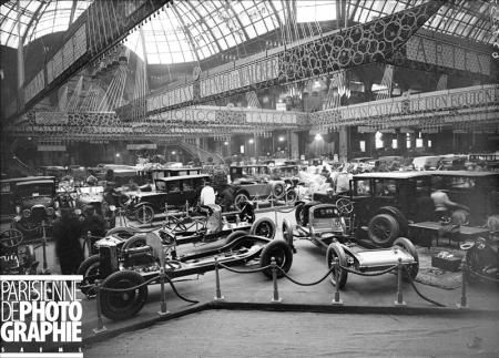 paris salon de l 39 automobile salon de l 39 automobile 1923 stand panhard paris grand palais. Black Bedroom Furniture Sets. Home Design Ideas
