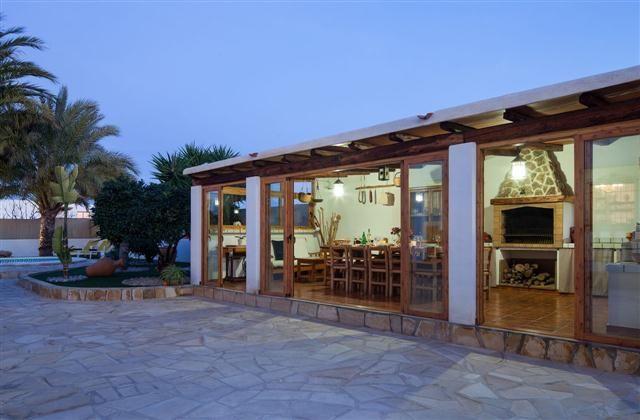 Ibiza Town Holiday House Rental, San Jordi with private pool, walking, beach/lake nearby, balcony/terrace, air con, rural retreat, TV, DVD