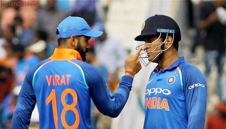 Wonder if people are undervaluring MS Dhoni's experience, says Adam Gilchrist