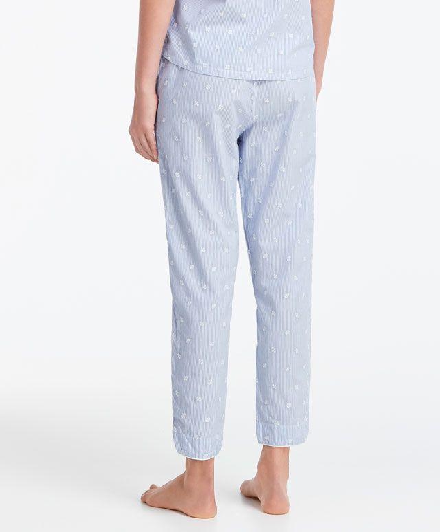 Hose mit Stickerei Classic Blue - Alles Anzeigen - Modetrends des Herbst/Winter 2016 für Damen bei Oysho Online: Dessous, Sleepwear, Sport,…