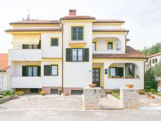 Geräumige Wohnung für 2 Personen mit Balkon, nur 800 m vom Strand entfernt