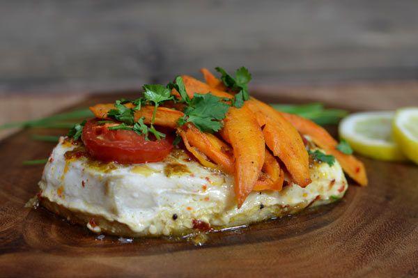 Vispakketje uit de oven met zoete aardappel en vadouvan