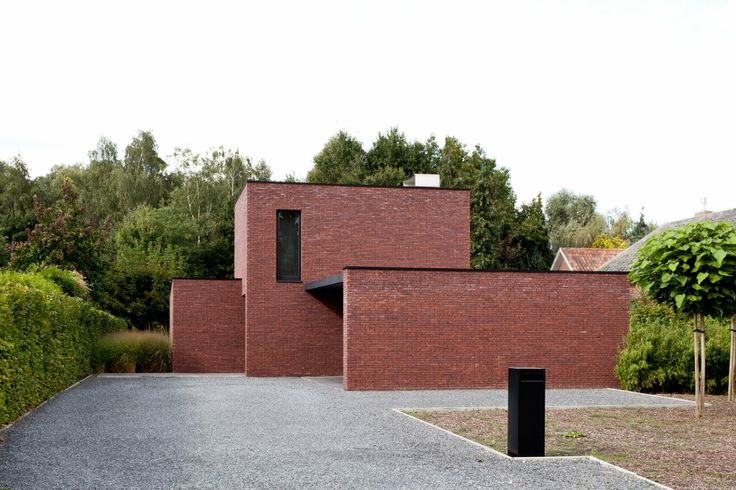 Residence C in Wetteren by Belgian architect Tom Lierman.