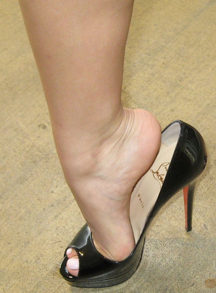 I am a just man with a love of Feet Heels High Arches