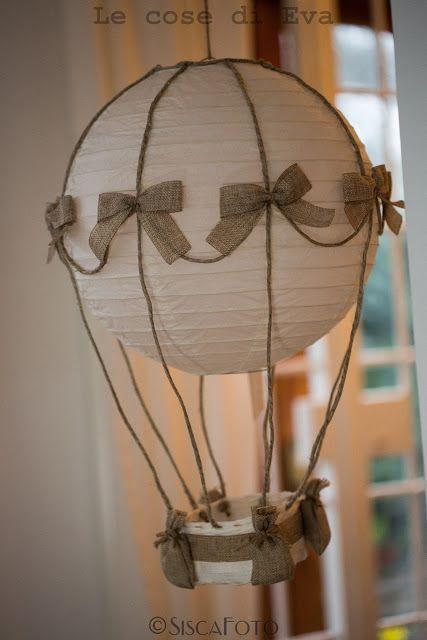 Mongolfiera shabby chic - Lampadario per bambini - hot air balloon chandelier... Le Cose di Eva