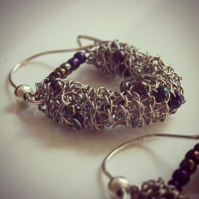 100% hecho a mano.  www.facebook.com/infinitastore contacto@infinitastore.com #joyasdeautor #accesorios #regalalocal #hechoamano #navidad #jewelry #moda #handmade #gifts