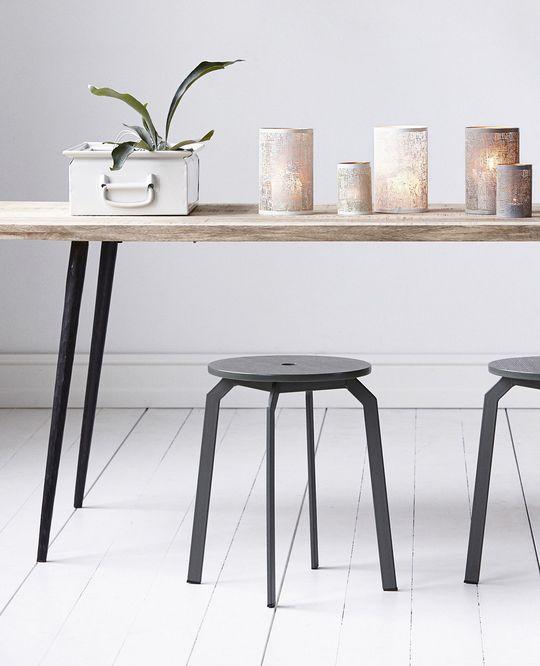 Hocker Ace / Holz U0026 Metall, Khaki Grün Von House Doctor Finden Sie Bei Made  In Design, Ihrem Online Shop Für Designermöbel, Leuchten Und Dekoration.