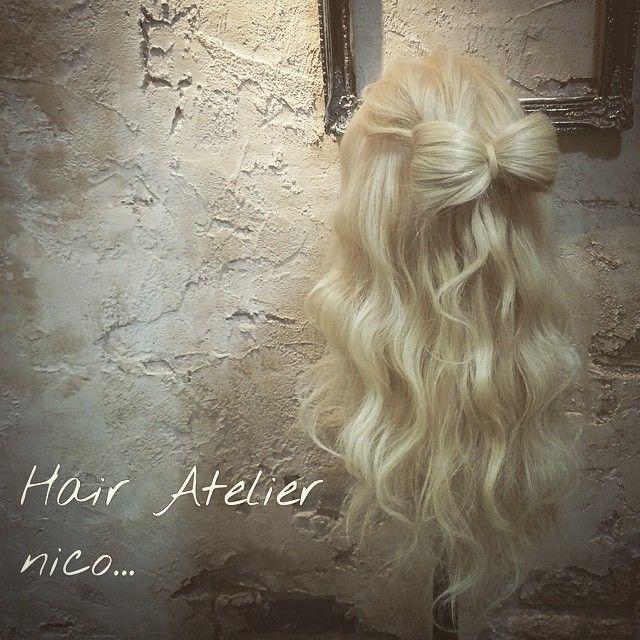 リボンヘアー 波巻き  やり方も載せているので見て下さい^ ^  #hair#hairset#hairarrange#ヘアセット#ヘアアレンジ#結婚式ヘア#撮影#ヘアメイク#オシャレ#編み込み#ヘアアレンジ簡単#グラデーション#グラデーションカラー#モデル#ヘアスタイル#ヘアカラー#波巻き#くるりんぱ#ファッション#髪型#アレンジ#簡単ヘアセット#cute#編み込みやり方#アレンジやり方#アレンジ解説#ヘアアレンジ解説#簡単ヘアアレンジ