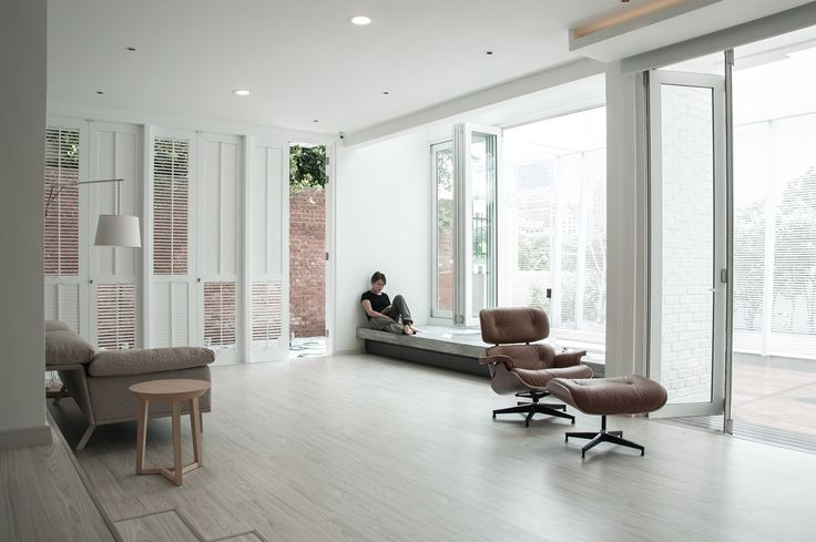 Living area designed to allow the indoors and outdoors to merge