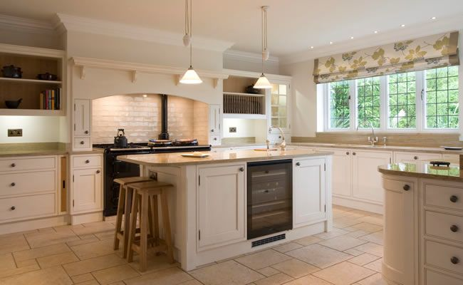 Edwin loxley kitchen kitchens pinterest granite for Shaker style kitchen uk