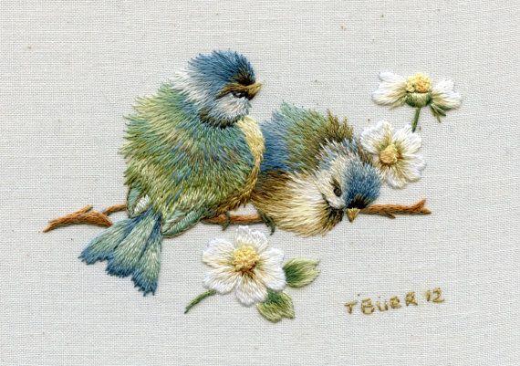 sallydesayan:  (vía Kit Miniature Embroidery Bluebirds & by TRISHBURREMBROIDERY)