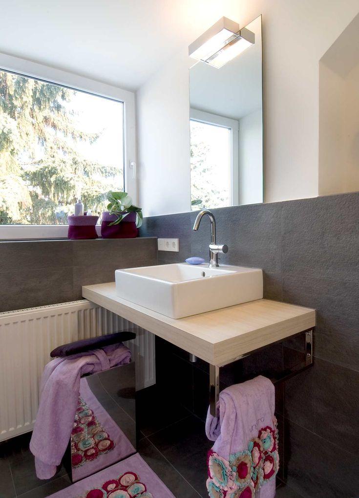 die besten 25 waschtisch mit aufsatzwaschbecken ideen auf. Black Bedroom Furniture Sets. Home Design Ideas