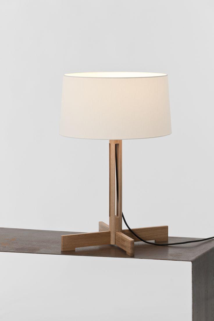 Lámpara de mesa FAD de Miguel Milá