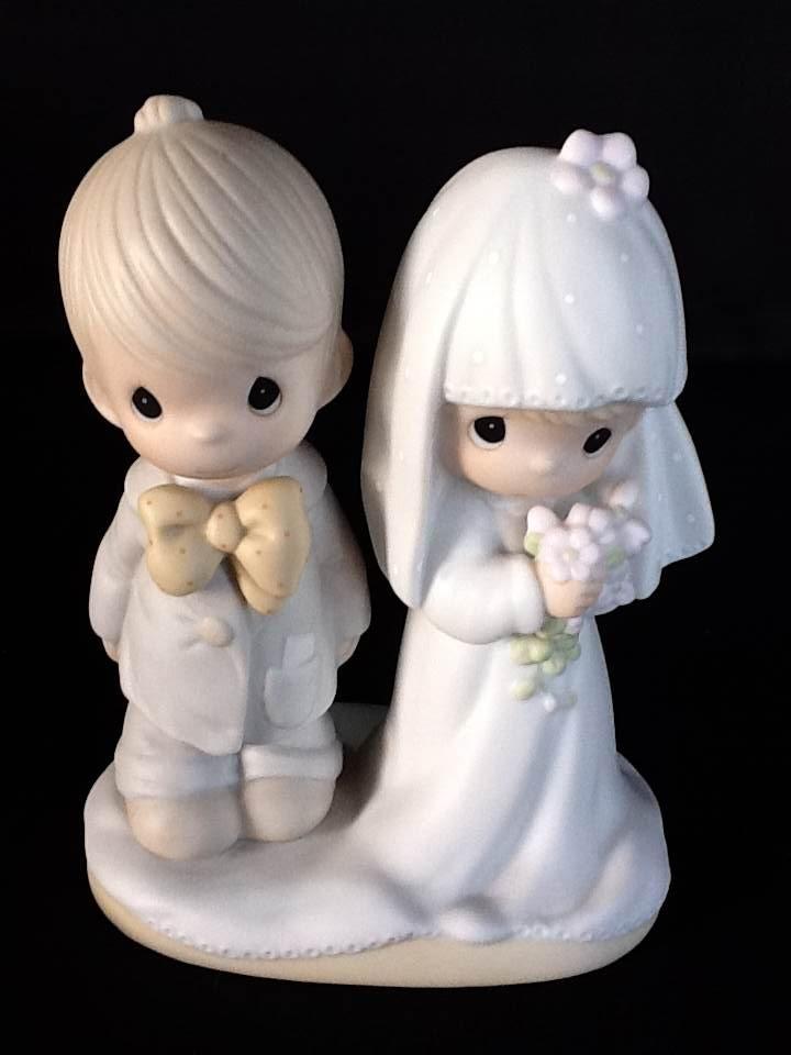 Noivinhos bolo de casamento. A hora do sim.