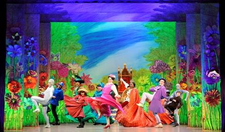 Clef Notes and Drama Queens: 'Mary Poppins' makes a pleasant ...