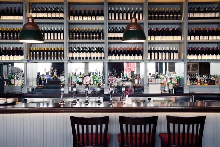 Ocean Bar & Grill    [ Freddie Stevens ]