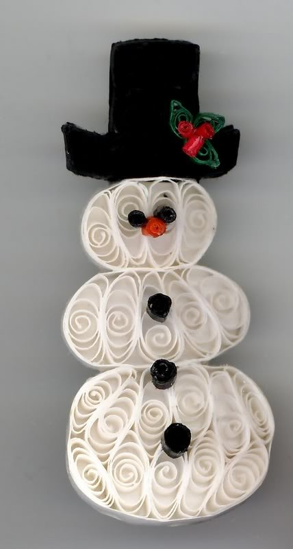 quilled snowman. No instructions but did it anyway..not sure I like the way I did it.