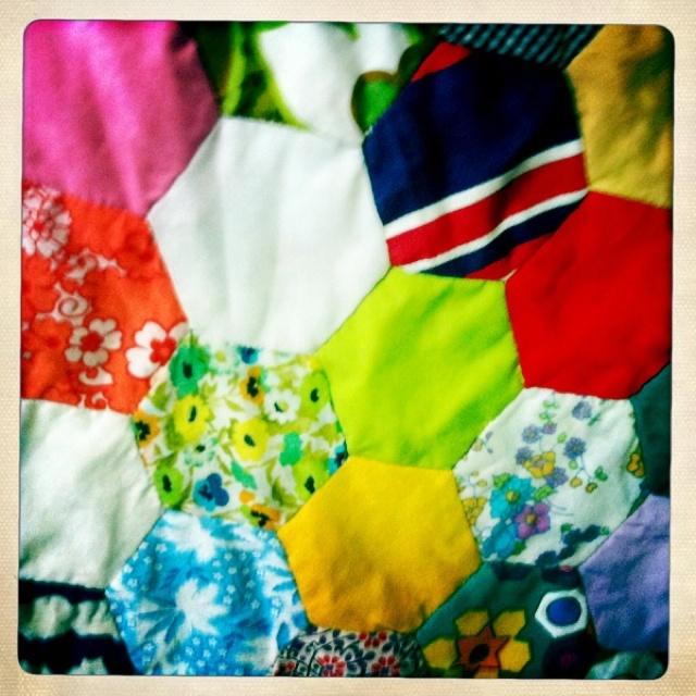 retro fabric bed runner