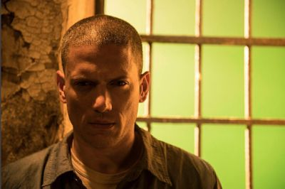 See How Scofield Came Back To Life In This New 'Prison Break' Trailer Prison Break is a project that we seem to have been discussing for some time now but as its April broadcast finally draws closer we have a brand new trailer featuring a distinct lack of much-needed clues as to the premise of this reunion.The clues are needed because the 2009 finale of the popular show featured the death of the lead character Michael Scofield who was also known to be suffering from a brain tumour. So the…