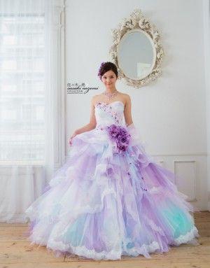 芸能人プロデュースのウェディングドレス。芸能人ブランドのトレンドを押さえたデザインが素敵♥おしゃれで可愛いドレスの数々にうっとり♥カラードレスは二次会にもピッタリ♥レンタルなどドレス選びの参考に・・・ 佐々木希さん!アンジャッシュ渡部さん結婚おめでとうございます。結婚式はご自身デザインのドレスかな? (4ページ目)