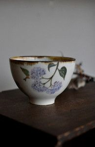 Japanese tea cup by Aya Yamanobe