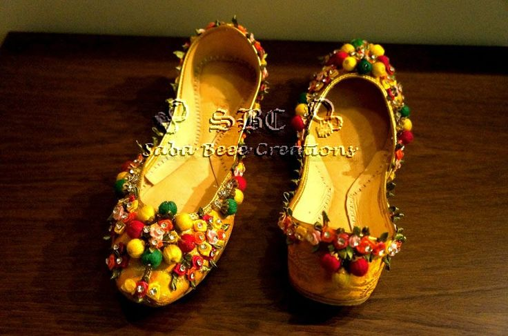 https://www.facebook.com/pages/Saba-Beee-Creations/346194898840933?ref=hl