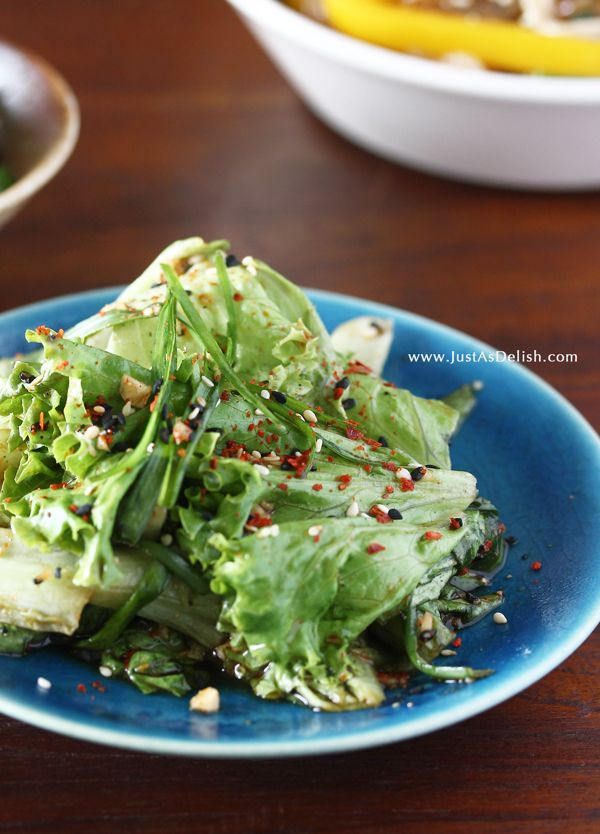 Korean Lettuce Salad (Sangchu Geotjeori) that's served with Korean Barbecue