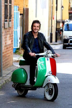 Italia & Vespa .... e toyboy!   #ridecolorfully