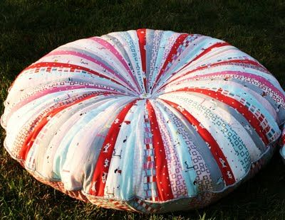 Jelly Roll Floor Pillows Tutorial: Sewing, Idea, Floors, Floor Pillows, Jelly Rolls