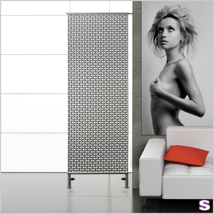 Designheizkörper Nazar -  SEBASTIAN e.K. - Fällt auf und überzeugt zusätzlich zum Design auch noch durch seine kräftige Leistung. Dünne Stahl-Kiemen zwischen den senkrechten Rohren fördern die hohe Wärmestrahlung. #design #interior