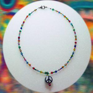 peace-sign-neck-1