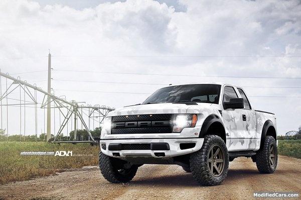 ADV.1 Ford Raptor 2012. Ohh hell ya!