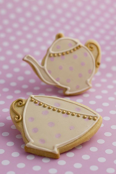 Teapot and cup cookies