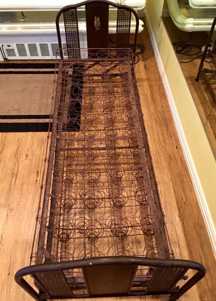 """Early 1900's servants hallway bed. These were kept in a back hallway or servants quarters for a servant to sleep on. The top pulls open to double its size. It's more narrow and longer than a twin bed. But when made out I use full size sheets on it. I have an IKEA futon mattress that comes with it. It gave us extra sleeping space in our guest quarters.   Measures:   77 1/2"""" wide X 27 1/2"""" deep X 30 1/2"""" tall  Located and Pick up in Sanger/cash #denton..."""