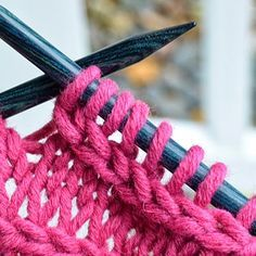 Colorful Stitches: The Intriguing Chain Stitch: How To Do