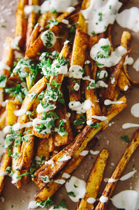 Paprika parsnip fries w/ preserved lemon chashew cream sauce