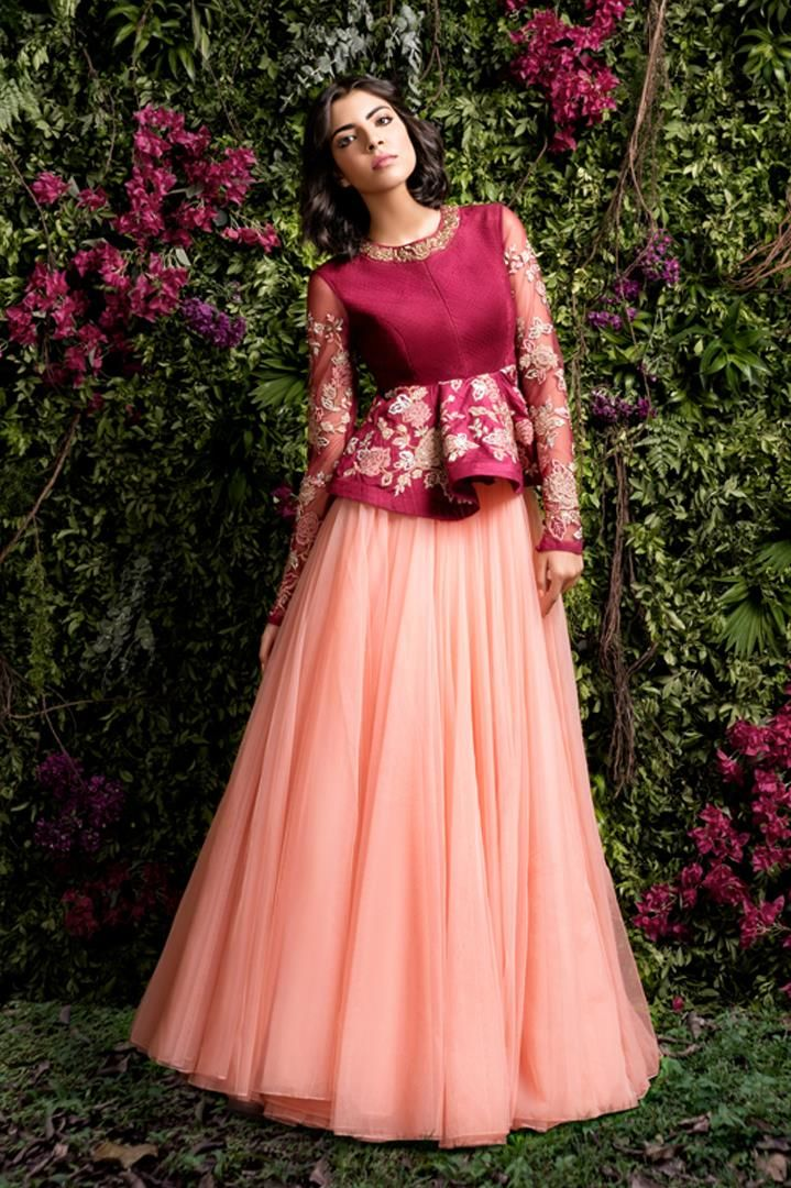 218 best crop top skirt images on pinterest india fashion indian bridal and indian clothes. Black Bedroom Furniture Sets. Home Design Ideas
