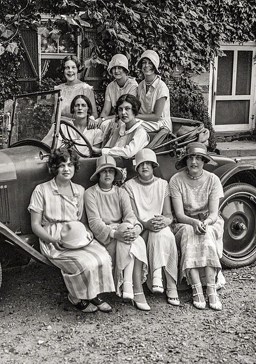 Washington, D.C. Rock Creek Park — young women in automobile, 1924.