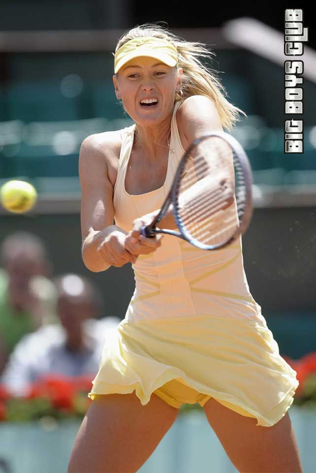 Hot female tennis hotties upskirt