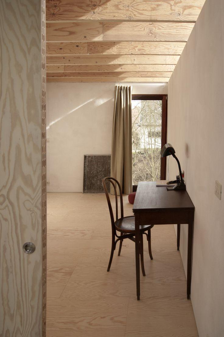 Uitgepuurde architectuur voor deze atelierwoning in Mariakerke   Gentcement