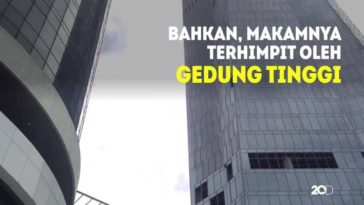 Tau nggak kalo ada makam Pangeran Kuningan terhimpit di antara gedung-gedung tinggi di Kuningan Jakarta Selatan?