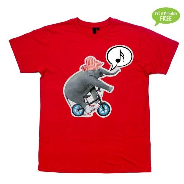 Mon du bemærket har...  T-shirt i str. 2-6 år