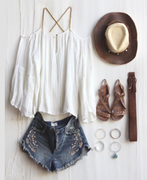 Perfect outfit for a music festival. Love it!