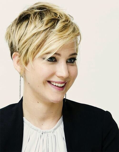 stole my haircut but I forgive her cause I love J-Law Short Haircuts