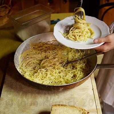 Pasta Dishes – Easy Pasta Recipes - Delish.ca  --  comforting-pasta-dishes