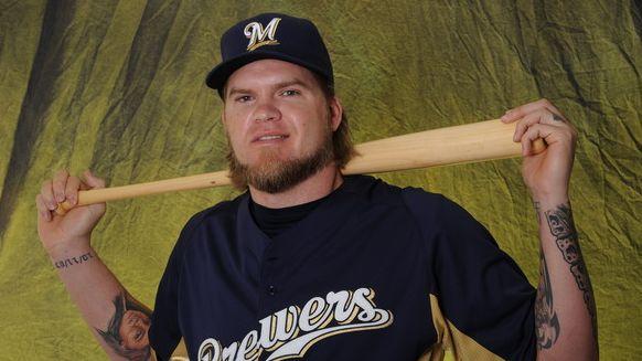 Corey Hart retires as a Milwaukee Brewer https://n.kchoptalk.com/2txoRSp