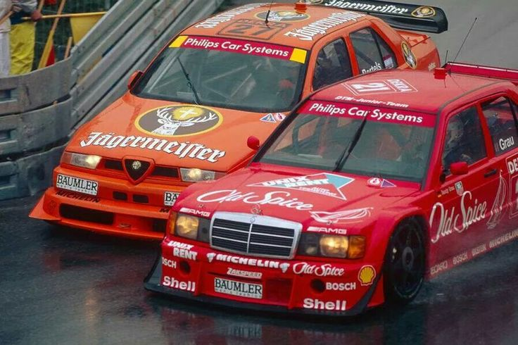 Alfa romeo 155 vs mercedes benz 190 evo dtm racing for Alfa romeo vs mercedes benz