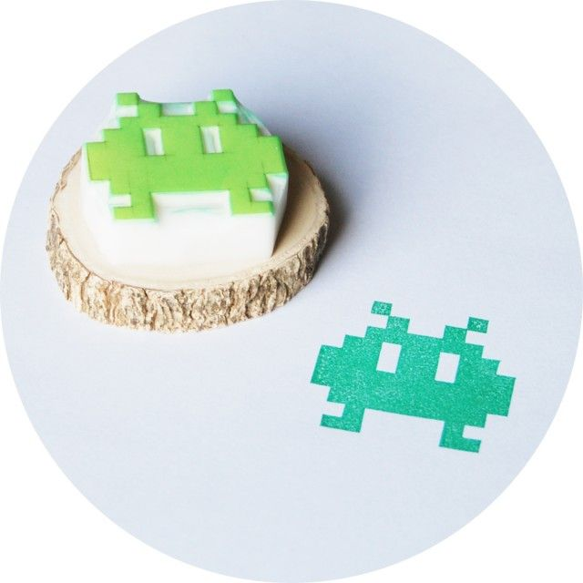 8-bit monster, hand made rubber stamp by This is just to say #nordicdesigncollective #stamp #rubber #eightbit #8bit #monster #computergame #nintendo #rubberstamp #green #greenmonster #wood #paper #stamps
