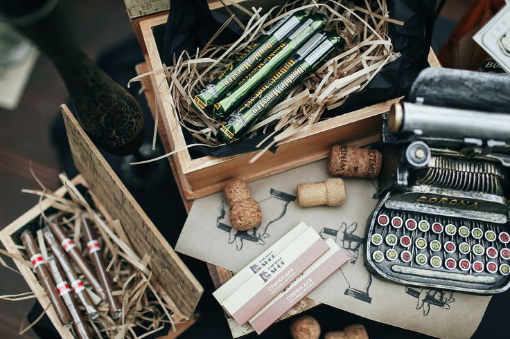 wedding, wedding entertainment, wedding decor, оформление свадьбы, свадебный декор, свиток, винтажные вещи,винтажный декор, печатная машинка, шкатулка, сигары