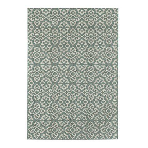 Riviera Indoor/Outdoor Rug - rug for backyard seating area??? Someone make my decision.
